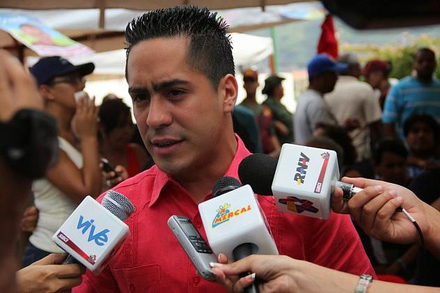 Robert-Serra (1)