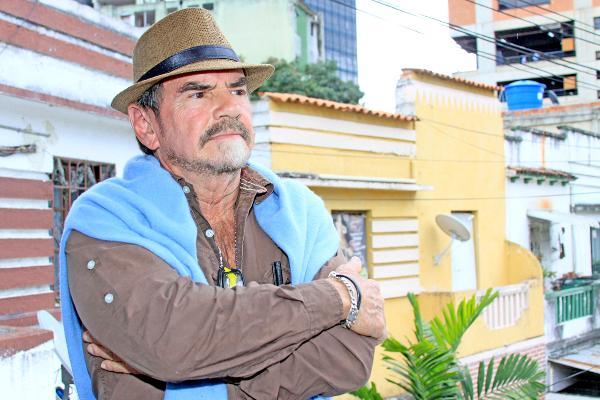 Azpúrua-denunció-que-Cinex-entorpecería-exhibición-de-los-tráilers-de-Sabino-Vive