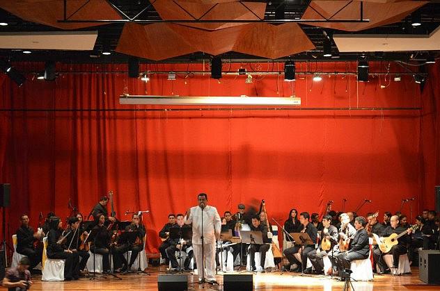 1.Orquesta Típica Varyna