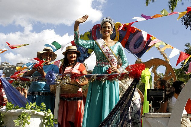 carnaval1ht1424208341