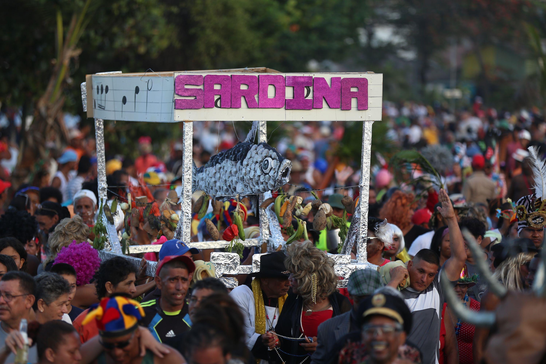 Resultado de imagen de venezuela entierro de la sardina