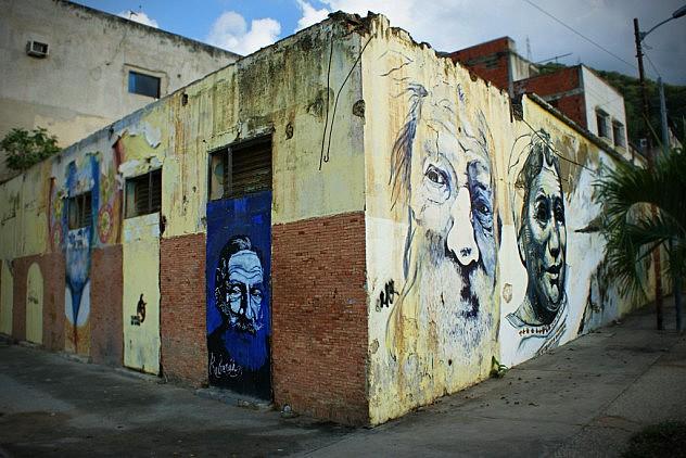 DSC08000-Mural-de-Reverón-y-Juanita-en-la-Plaza-de-las-Palomas1-1024x683