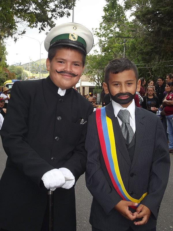 Niños de Capacho Viejo protagonizaron actos en conmemoración de la Revolución Restauradora