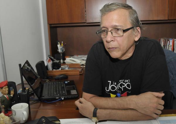 Profesor-orozco-por-el-festival-venezuela-se-mueve