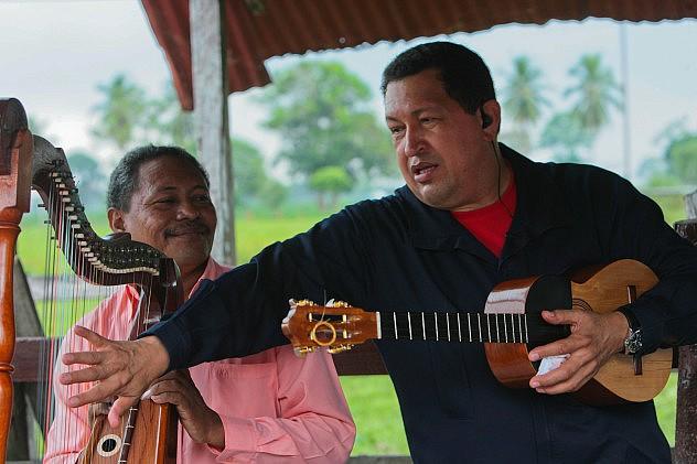 Hugo-Chavez_02_cuatro