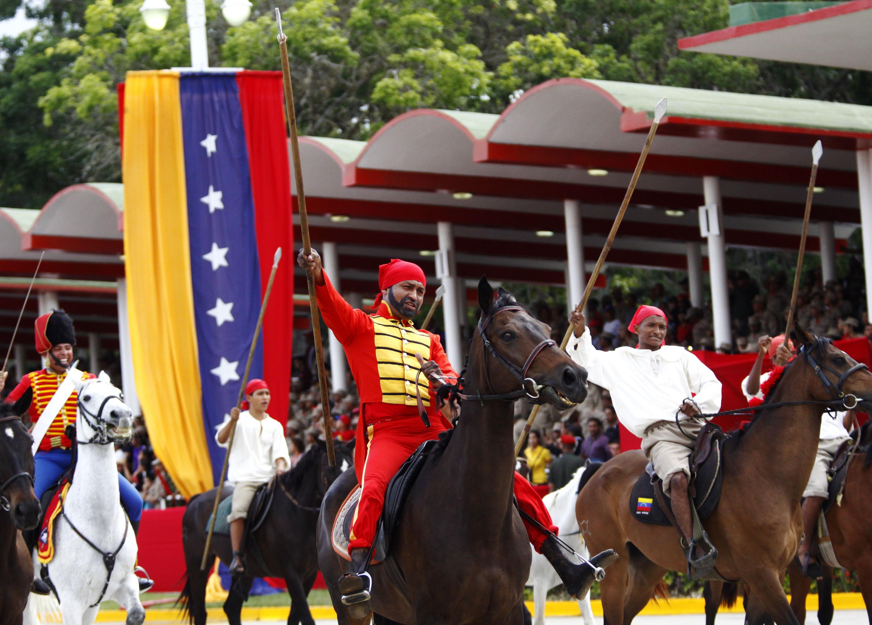 Resultado de imagen para venezuela desfile del 5 de julio 2017