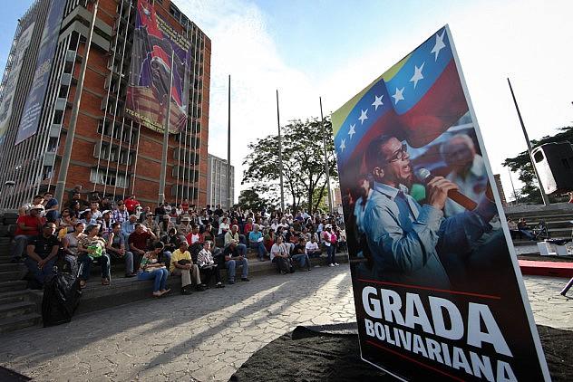 Operaciones Psicologicas Contra Venezuela. Los ponentes son el psiquiatra Erick Rodriguez y la psicologa Ovilia Suarez 27_08_2015 fotos Miguel Moya (25)