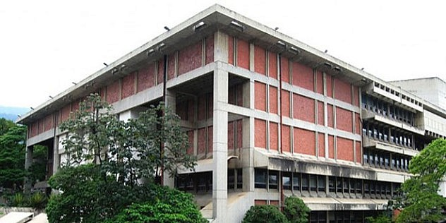 Biblioteca-Nacional-promueve-colecciones-de-Andres-Bello_42402
