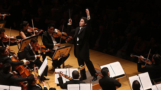 Dudamel en el Walt Disney Concert Hall en 2014. (Foto: Los Angeles Times)