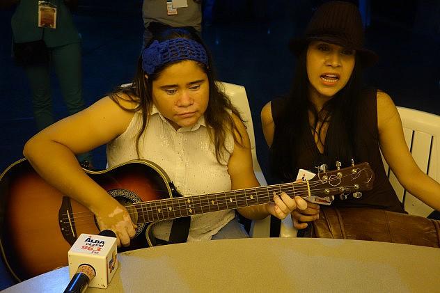Mariely Valero y Yenny Colina. Foto: Randolph Borges