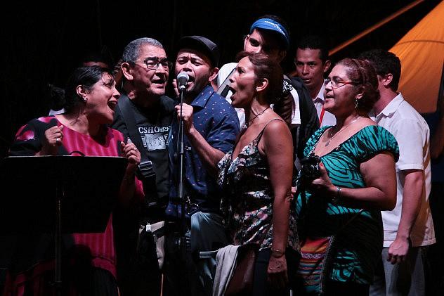 El Pueblo cantando con Gino González - Música Venezolana. Foto: Milangela Galea
