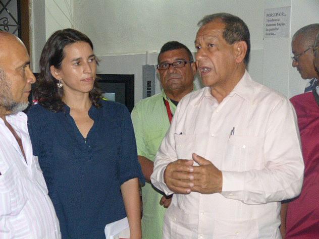 1 Prof. Luis Acuña Cedeño Gob. Estado Sucre momentos de la Inauguraciòn