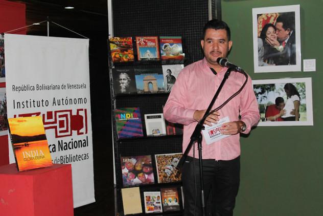 Donación de libros de la India a la BNV4