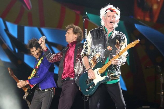 Keith Richards (R), Mick Jagger (C) and Ronnie Wood of the Rolling Stones perform a free outdoor concert at Ciudad Deportiva de la Habana sports complex in Havana, Cuba March 25, 2016. REUTERS/Alexandre Meneghini