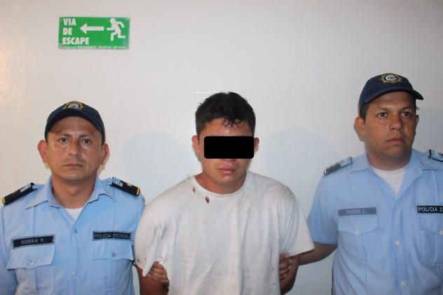 Uno de los presuntos asesinos. Foto: @policiatachira
