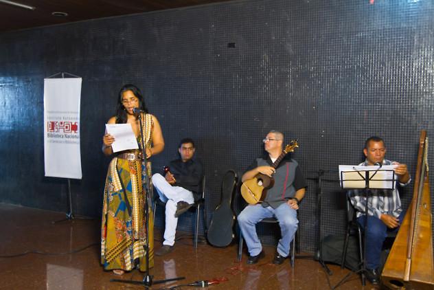 Inauguración-exposición-Chávez-en-el-arte-popular.-Biblioteca-Nacional-4-03-2016-Fotos-Freisy-González-10