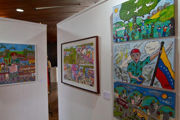 Inauguración-exposición-Chávez-en-el-arte-popular.-Biblioteca-Nacional-4-03-2016-Fotos-Freisy-González-12