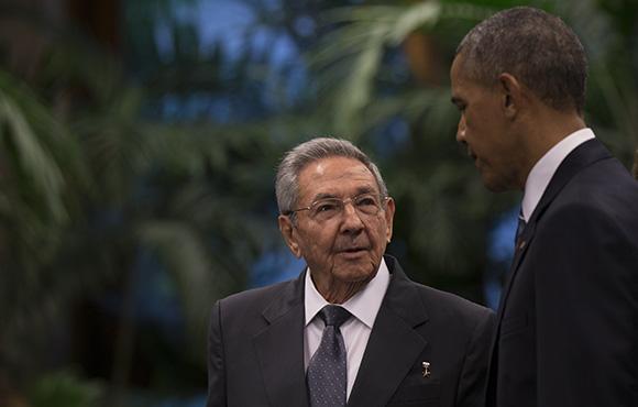 Obama-y-Raul4