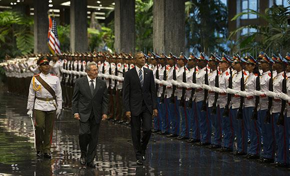 Obama-y-Raul5