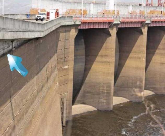 La flecha apunta la cota 271. Los niveles actuales están 24 metros por debajo, y ya no alcanzan el aliviadero. De seguir bajando, no podrá llegar agua a las turbinas de Guri.