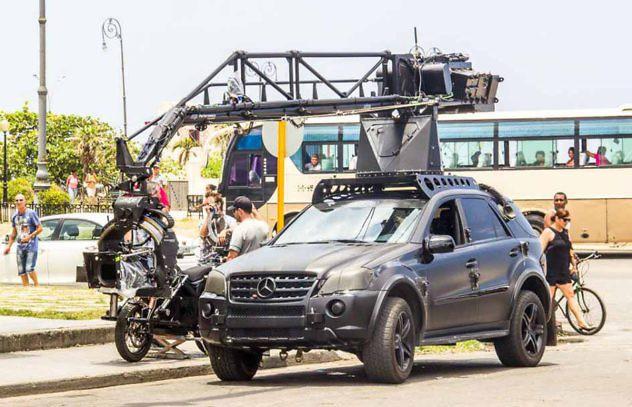 Carros-rápido-y-furioso-en-Cuba.-Foto-Cubaism2