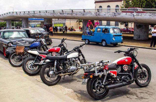 Carros-rápido-y-furioso-en-Cuba.-Foto-David-Gonzalez6