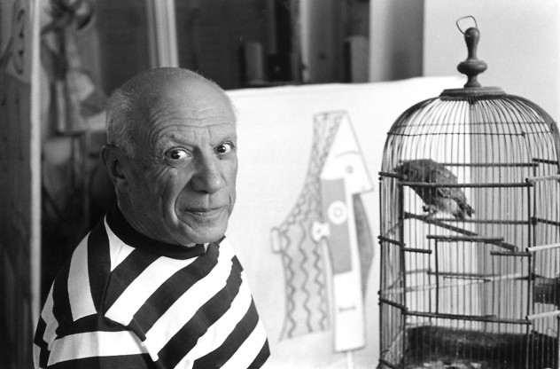 "FRANCE. Provence Alpes Côte d'Azur. Alpes Maritimes. Cannes. 1957. Villa ""La Californie"", Spanish painter Pablo PICASSO. Contact email: New York : photography@magnumphotos.com Paris : magnum@magnumphotos.fr London : magnum@magnumphotos.co.uk Tokyo : tokyo@magnumphotos.co.jp Contact phones: New York : +1 212 929 6000 Paris: + 33 1 53 42 50 00 London: + 44 20 7490 1771 Tokyo: + 81 3 3219 0771 Image URL: http://www.magnumphotos.com/Archive/C.aspx?VP3=ViewBox_VPage&IID=2S5RYDZF6MZA&CT=Image&IT=ZoomImage01_VForm"