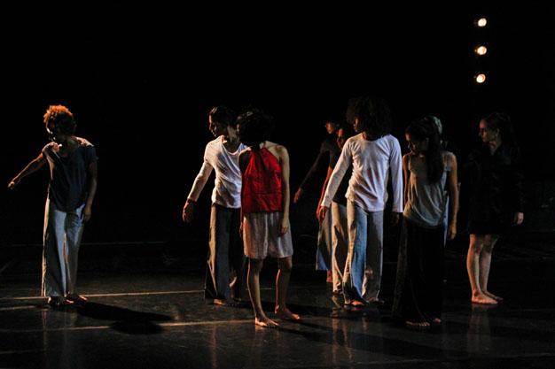 Ensayo-Danza-Contemporánea-UNEARTE-Nathalie-Sayago
