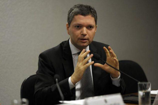Silveira-segundo-ministro-de-temer-que-renuncia