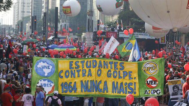 escandalo-de-corrupcion-en-brasil-2174383w640