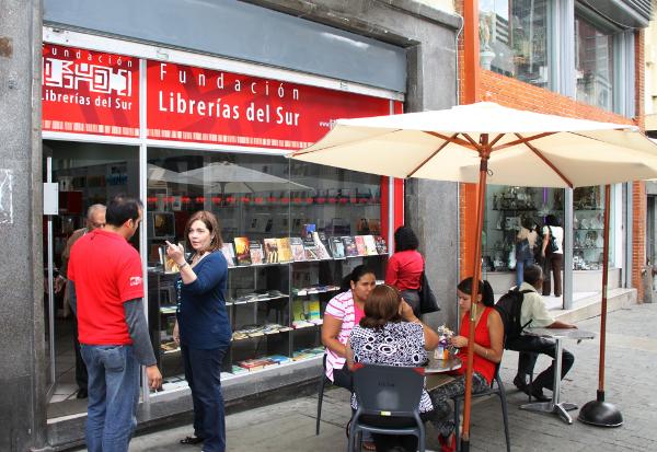 María-Calcaño-tomará-hoy-Librerías-del-Sur-en-Gradillas