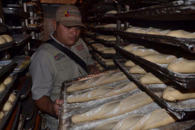 SUNDDE - Noticias - Sundde ha sancionado 171 panaderías en operativo contra especulación - 2016-07-09 01-45-30_3