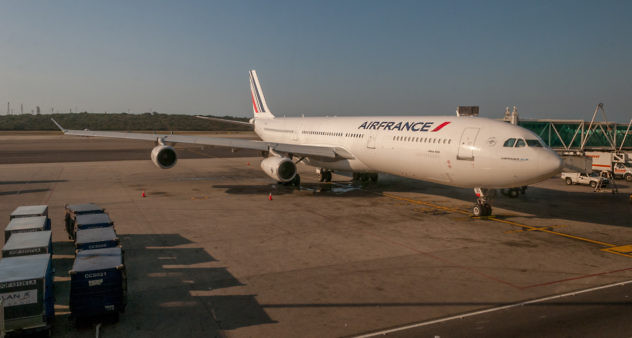 Airfrance_Airplane_in_Maiquetia_Airport