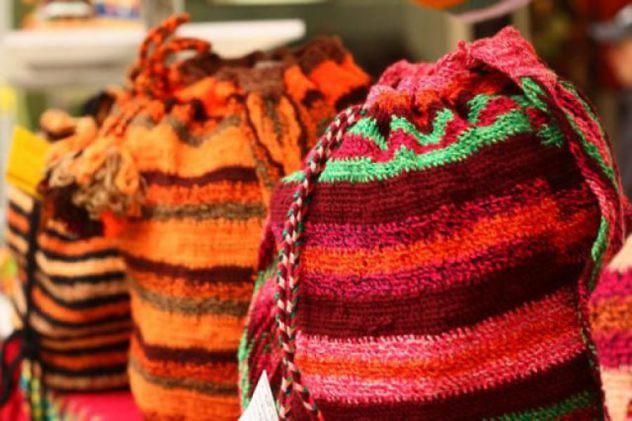 Convocan artesanos de la localidad de Ciudad Bolívar P