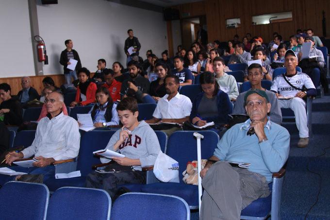 curso-de-astronomia-del-ivic-congrego-a-decenas-de-astroaficionados-foto-elvyz-hernandez-cortesia-ivic