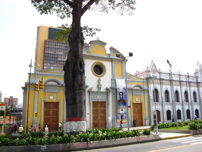 iglesia_de_san_francisco_caracas