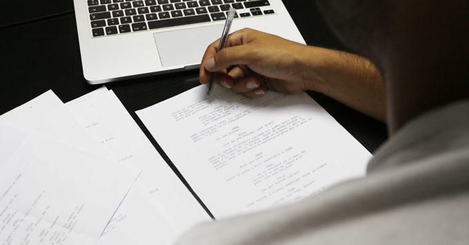 escribir-guion-master-curso-guionista-escribe-redacta-escaleta-tratamiento-director
