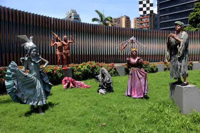 4-estatuas-vivientes