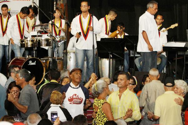 con-alfredo-naranjo-se-redimensiona-la-orquesta-latinocaribena-simon-bolivar8888