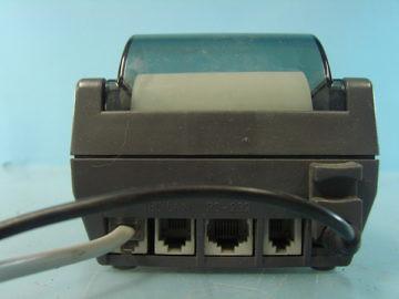 Parte posterior de un punto de venta que sólo usan conexiones dial-up o ethernet