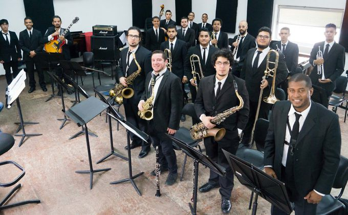 Inicia ciclo de conciertos explosi n musical el for Conservatorio simon bolivar blog