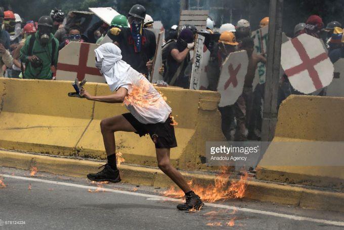 Dictadura de Nicolas Maduro - Página 2 678124234-680x454