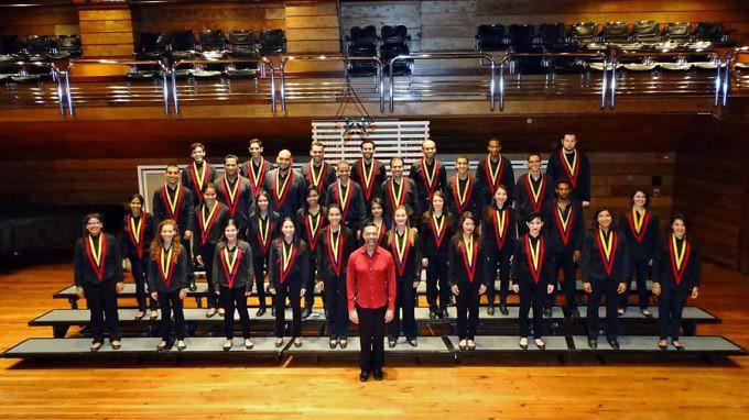 La orquesta sinf nica juvenil y el coro juvenil del for Conservatorio simon bolivar blog