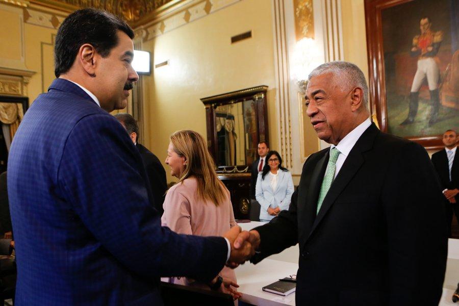 Presidente Maduro se reunió con representantes de la oposición (+Video) –  Alba Ciudad 96.3 FM