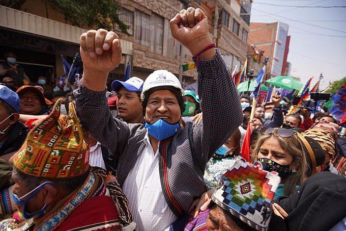 Evo Morales among the people in Villazón, Bolivia. Photo: @evoespueblo